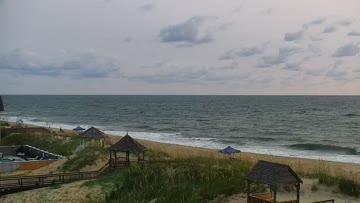 Avalon Pier Surf Report, Live Surf Cam & 17-Day Surf