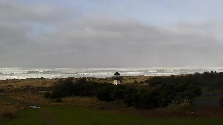 Gold Beach South Jetty Surf WebCam, Oregon